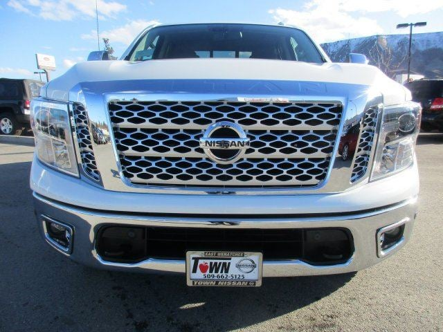 2017 Nissan Titan SLPEARL WHITE K05 OFF-ROAD PACKAGE -inc Front Chin Spoiler Delete Air Dam Wh