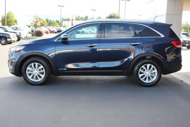 2017 Kia Sorento LX V6Additional Options  CARPET FLOOR MATS 7 SEAT  BLAZE BLUE  All Whee