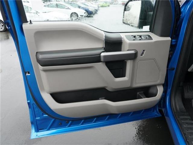 2020 Ford F-150 SuperCrew Cab 4x4, Pickup #R0046 - photo 11