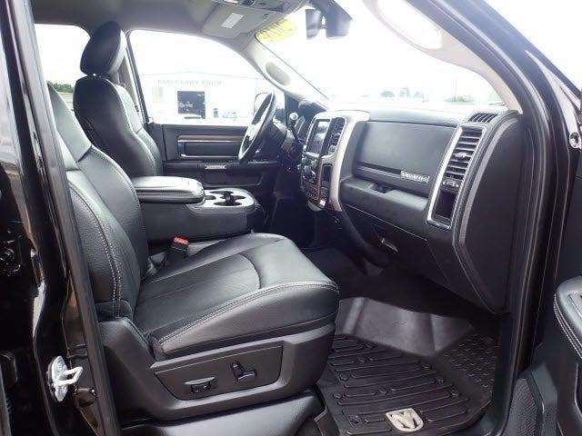 2018 Ram 3500 Crew Cab 4x4, Pickup #R0221 - photo 5