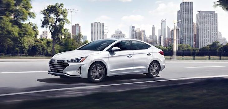 2020 Hyundai Elantra Review.Elantra