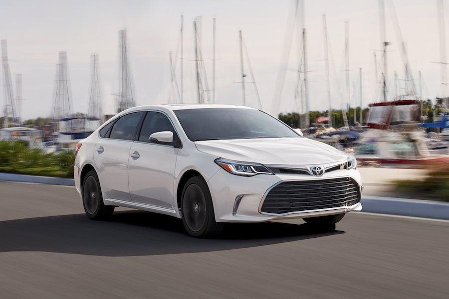 Toyota Avalon vs Nissan Maxima