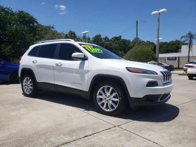 used 2016 Jeep Cherokee car, priced at $13,695